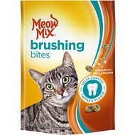 Meow Mix Brushing Bites with Real Chicken Dental Cat Treats, 2.25-oz bag