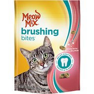 Meow Mix Brushing Bites with Real Salmon Dental Cat Treats, 2.25-oz bag