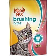 Meow Mix Brushing Bites with Real Salmon Dental Cat Treats, 4.75-oz bag