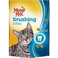 Meow Mix Brushing Bites with Real Tuna Dental Cat Treats, 2.25-oz bag