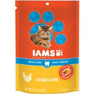 Iams ProActive Health Oral Care Chicken Flavor Daily Cat Treats, 2.47-oz bag