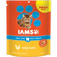 Iams ProActive Health Oral Care Chicken Flavor Daily Cat Treats, 5.5-oz bag