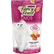 Fancy Feast Duos Cheddar & Crab Souffle Flavors Cat Treats, 2.1-oz bag