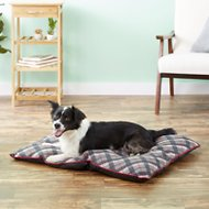 American Kennel Club Tufted Pillow Plaid Dog Bed, Gray