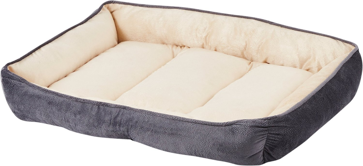 HappyCare Textiles Luxury Embossed Rectangle Dog & Cat Bed