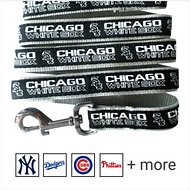 Pets First MLB Dog Leash, Chicago White Sox, Medium