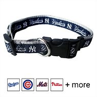 Pets First New York Yankees Dog Collar, Medium