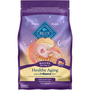 Blue Buffalo Healthy Aging Chicken & Brown Rice Recipe Mature Dry Cat Food, 5-lb bag