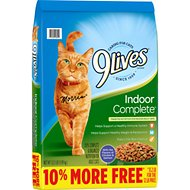 9 Lives Indoor Complete with Chicken & salmon Flavor Dry Cat Food, 13.2-lb bag