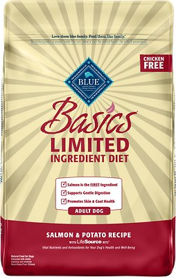 4. Blue Buffalo Basics Limited Ingredient in Salmon & Potato Recipe for Adult Dogs