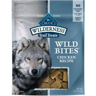 Blue Buffalo Wilderness Trail Treats Chicken Wild Bites Grain-Free Dog Treats, 4-oz bag