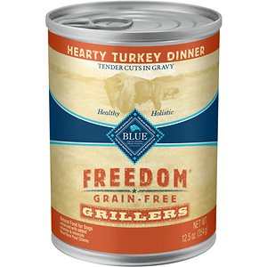 Blue Buffalo Freedom Grillers Hearty Turkey Dinner Grain-Free Canned Dog Food, 12.5-oz, case of 12; Treat your teammate to the tasty turkey in Blue Buffalo Freedom Grillers Grain Free Natural Adult Wet Dog Food. Paw-fect for your grown-up guy, this irresistibly tasty wet food is made using only the finest naturally grain-free and wheat-free ingredients. It starts with tender chunks of high-quality turkey in a savory gravy, packed with real veggies, then enhanced with vitamins and minerals. Formulated with complex carbohydrates to promote an active lifestyle, this mouthwatering dog food is made with wholesome ingredients that do not contain any wheat, grain, gluten, by-product meals, corn, soy, artificial flavors or preservatives.