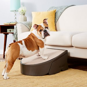 Pet Gear Easy Pet Step, Chocolate; Give your pet a bit of freedom and confidence with the Pet Gear Easy Pet Step. This inclined, single step gives your pal access to those hard-to-reach places without the added joint stress that can result from jumping. The pieces snap together for easy assembly and the ultra-durable platform is great for a wide range of pets with a weight capacity of 175 pounds. It\\\'s designed with a soft carpet tread to help reduce the risk of slipping and provides a soft surface for your pet's paws. It\\\'s also easily removable and machine washable for a hassle-free clean. With rubber grippers located on the bottom, this teardrop-shaped step stays secure, so your pal can climb with confidence!